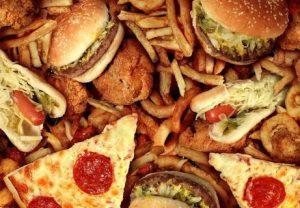 ハンバーグやピザ